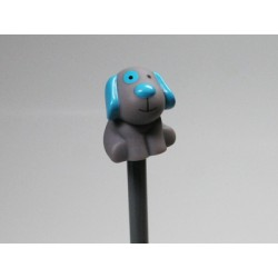 Chien Billy turquoise crayon