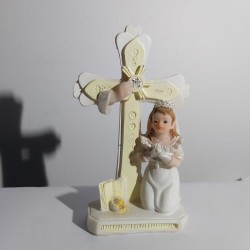 Communiante + croix